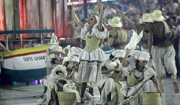 ivete-sangalo-grande-riocarnaval-2017-rio-de-janeiro-carnaval-2017-01